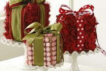 Christmas table decor / by Lisa {grey luster girl}