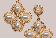 Jewelry that makes a statement / by Sonya Lee-Vidal