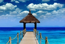 Places I'd Like to Go / by Joanna Gilbert