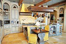 kitchens / by The French Tangerine (jan vrana)