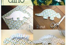 Crafty: Sewing / Sewing. Mostly very simple projects, or ones I wish I had motivation to try. / by Andrea Hardee