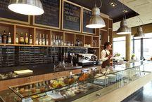 Restaurantes e Cafés / by Patrícia Rosa