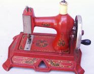 Olde Sewing Machines / by Pam Buda ~ Heartspun Quilts