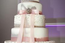 Cakes / by La Bella Vista