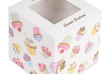 Cupcakes! / Because who doesn't like cupcakes? / by The Stationery Studio