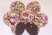 Sweet Chocolate / by Cosetta Silva