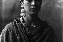 Frida Khalo / by Sandra Mialma