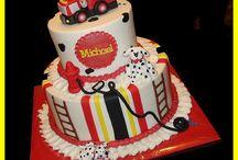 Cake ideas / by Kimberly Andrews