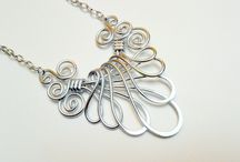 Jewelry - Necklaces - Wire Wrapping / by Deb Sartain
