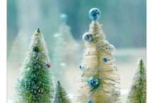 Holiday Decorating / by Nancy Lennon Hansen