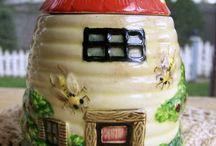 Honey Pots / by Moira Jones
