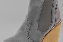 shoes / by Lisa Plantz