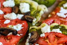Recipes to try: Pizza / by Mikala Locnikar