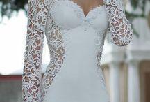 wedding gowns / by Renita Davie