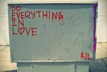 Street Love / by Fabiana Zanetti