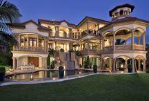 Luxury Homes / Diseño de casas / by Antonio Sanchez