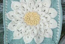 cuadros crochet / by Anabel Martiradoni