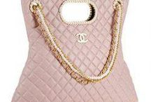 Great Handbags / by Gail Seymour