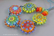 Art - Lampwork Beads / by Lia Huem