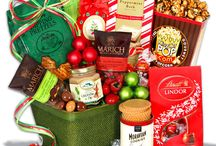 Christmas Gift Baskets / by Offers.com