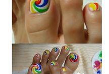 nail art / by Lindsay Frey