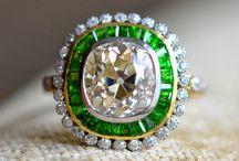 adorn me in this: jewelry / by Rebekah Krueger