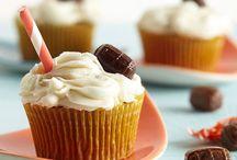 Cupcake recipes  / by Jamie Martin