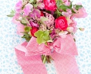 Bouquets we LOVE! / by Philosophy Flowers Official