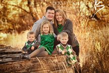 Picture Poses for Familys / by Malinda DeMaree