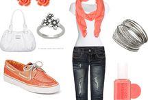 Fashionista / by Nicole McCaw
