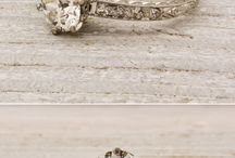 Engagement Rings and Wedding Bands / by Alyssa Bern