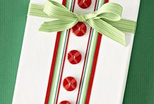 Gift Wrapping / by Dianne Faulk