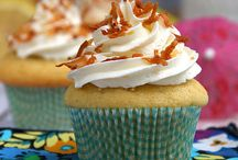 Cupcakes Galore / A delicious collection of cupcake recipes that make my tummy growl. I want to try every one of these delicious cupcakes!  / by Moms and Munchkins