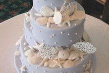 wedding ideas / by Mckenzie Cramer