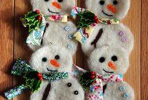 Christmas ornament ideas / by Peggy Wickman