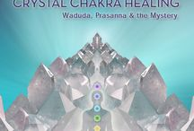 Crystal Chakra Healing / In Crystal Chakra Healing, each of the tracks is the song and energy of a crystal bowl, synchronized with the frequency of each chakra, drawn from each bowl 7 times, for 7 minutes each. This album features Waduda, Prasanna, and The Mystery. View product here: http://bit.ly/1jAIs7X / by New Earth Records