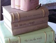 book cakes / by Eva Murphy