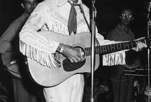 True Country Music / by Paul Watson