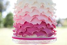 Cake decorating / by Felicity Shull