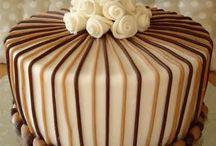 Party Cakes - Masculine / by Annamaria Cysneiros