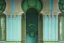 doorways, windows / by Huey Pritchard