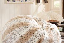 I love leopard / by Mandy Moe