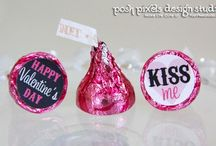Holiday Printable Collections / by Make Life Cute