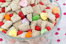 Puppy Chow / by Nicole Lentine