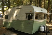 Vintage Trailers and other Stuff / by Ella Lung