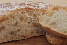 Eat: Bread / by Alex Dk