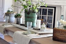 Lots of CENTERPIECES and TABLESCAPES... / by Laurel Putman @Chipping with Charm