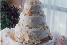 Wedding Cakes / by Melanie Berger