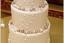 cakes / by Karym