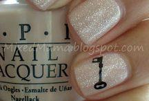 Nails on Nails on Nails <3 / by Cara Candebat